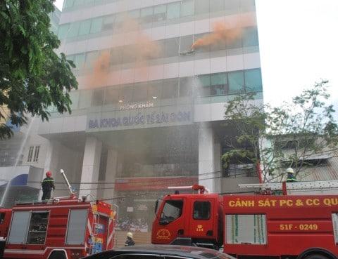 Buổi diễn tập PCCC tại Bệnh viện Tai Mũi Họng Sài Gòn – Phòng khám Đa khoa Quốc tế Sài Gòn