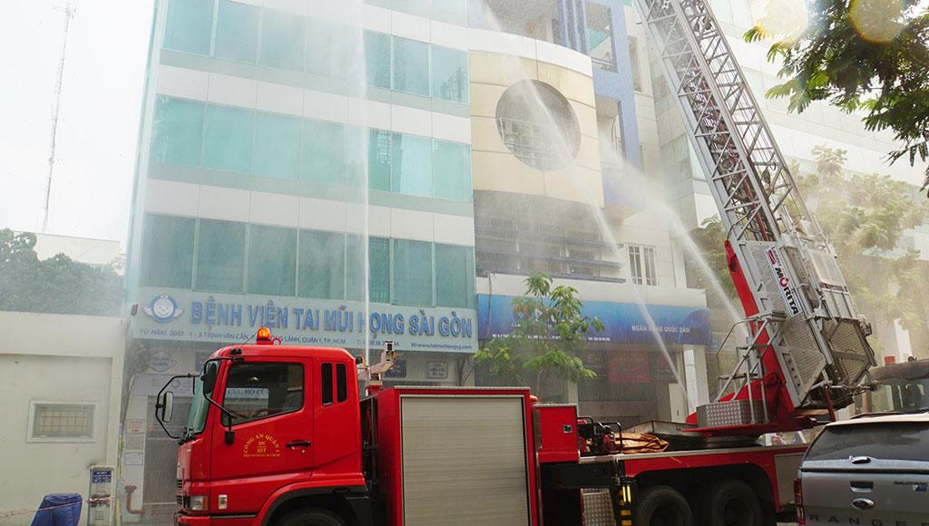 Diễn tập phòng cháy chữa cháy và cứu nạn cứu hộ năm 2019 tại Bệnh viện Tai Mũi Họng Sài Gòn và Phòng khám Đa Khoa Quốc Tế Sài Gòn
